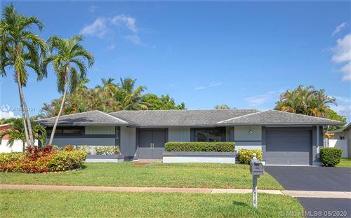 Photo of Pembroke Pines, FL 33026 (MLS # A10865124)