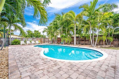Photo of 529 NE 2nd Pl, Dania Beach, FL 33004 (MLS # A10923208)