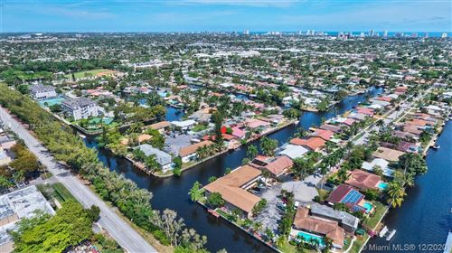 Photo of 5820 NE 14th Rd, Fort Lauderdale, FL 33334 (MLS # A10975212)