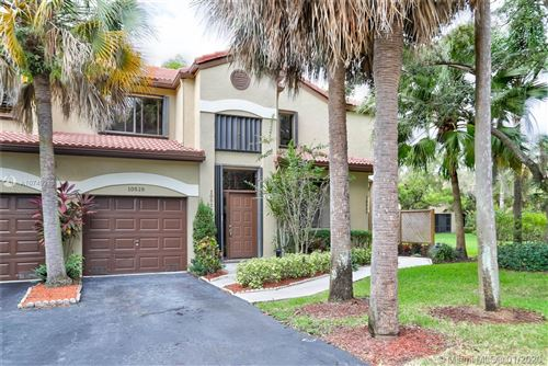 Photo of 10529 NW 10th St #D-130, Plantation, FL 33322 (MLS # A10749218)