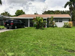 Photo of 4841 SW 29th Ave, Dania Beach, FL 33312 (MLS # A10692250)