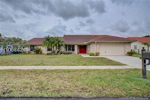 Photo of 19931 NW 2nd St, Pembroke Pines, FL 33029 (MLS # H10674289)