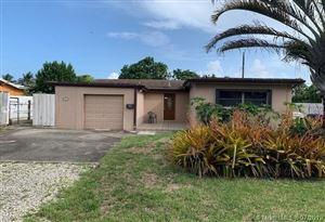 Photo of 7130 SW 9th St, Pembroke Pines, FL 33023 (MLS # A10709297)