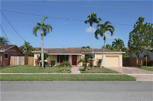 Photo of 141 SW 127th Ave, Plantation, FL 33325 (MLS # A10707319)