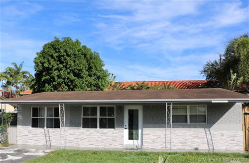 Photo of 5042 SW 24th Ave, Dania Beach, FL 33312 (MLS # A10964323)