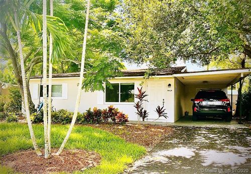 Photo of 9464 SW 52nd Ct, Cooper City, FL 33328 (MLS # A10887361)