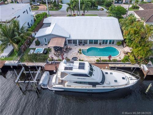 Photo of 2824 NE 25th St, Fort Lauderdale, FL 33305 (MLS # A10864369)