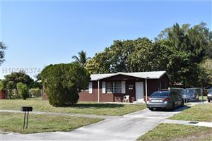 Photo of 1719 NW 13th Ave, Fort Lauderdale, FL 33311 (MLS # H10598374)