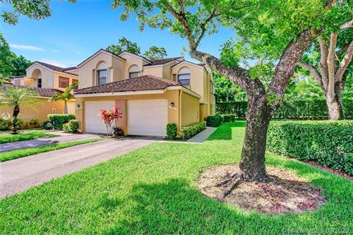 Photo of 100 NW 98th Ter #100, Plantation, FL 33324 (MLS # A10888450)