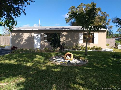 Photo of 2210 SW 44th Ter, Fort Lauderdale, FL 33317 (MLS # A10819453)
