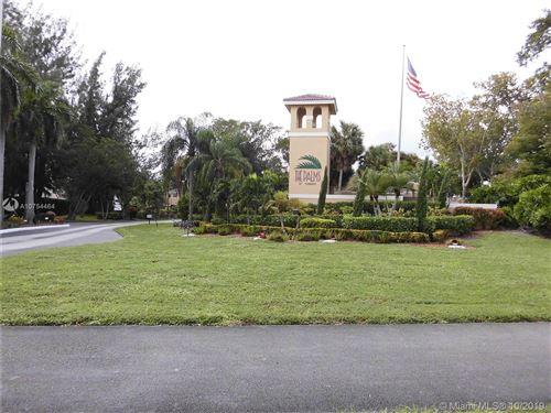 Photo of 405 E Palm Cir E #405, Pembroke Pines, FL 33025 (MLS # A10754464)