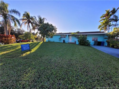 Photo of 1701 SW 32nd Pl, Fort Lauderdale, FL 33315 (MLS # A10974529)