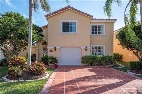 Photo of 1050 SE 6th Ave, Dania Beach, FL 33004 (MLS # A10831563)