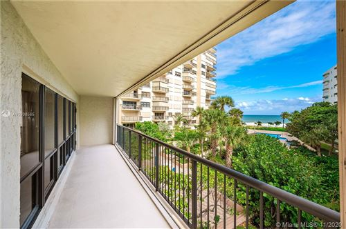 Photo of 1800 S Ocean Blvd #307, Lauderdale By The Sea, FL 33062 (MLS # A10938565)