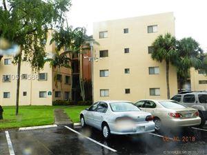 Photo of Miami, FL 33183 (MLS # H10511586)