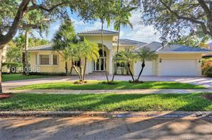 Photo of 3336 Hollywood Oaks Dr, Fort Lauderdale, FL 33312 (MLS # H10560586)