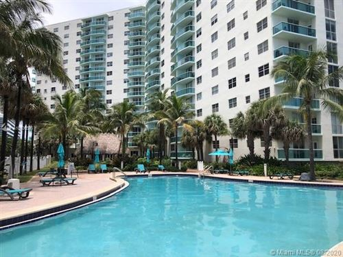 Photo of 3901 S Ocean Dr #1J, Hollywood, FL 33019 (MLS # A10906598)