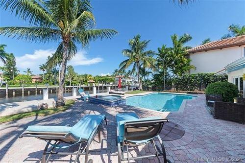 Photo of 512 Isle Of Capri Dr, Fort Lauderdale, FL 33301 (MLS # A10864651)