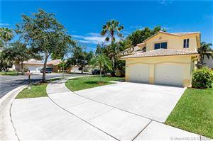Photo of 14262 N Royal Cove Cir, Davie, FL 33325 (MLS # A10705655)