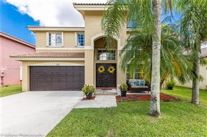 Photo of 435 SW 205th Ave, Pembroke Pines, FL 33029 (MLS # A10738706)