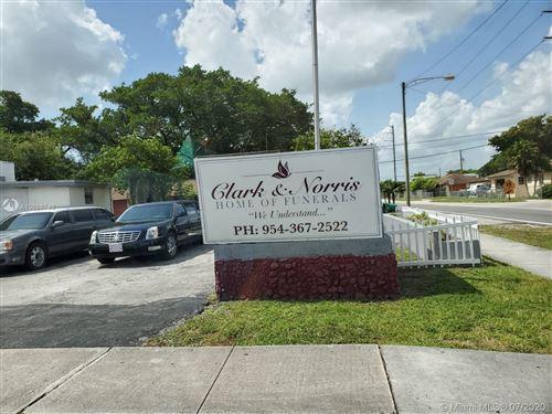 Photo of 608 SW 12th Ave, Dania Beach, FL 33004 (MLS # A10888748)