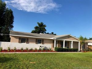 Photo of 6470 SW 56th St, Davie, FL 33314 (MLS # A10674759)