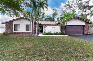 Photo of 11702 Melaleuca Way, Cooper City, FL 33026 (MLS # A10748797)