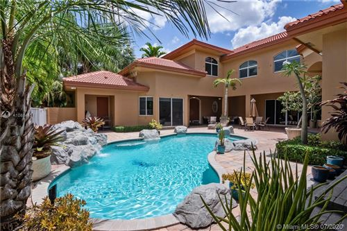 Photo of 5701 Oakdale Ter, Hollywood, FL 33312 (MLS # A10884831)