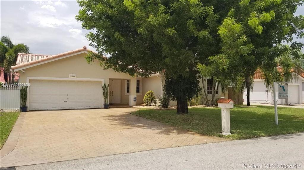 14270 SW 152nd Pl, Miami, FL 33196 - MLS#: A10699836