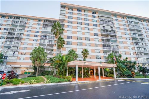 Photo of 3800 Hillcrest #1222, Hollywood, FL 33021 (MLS # A10772849)