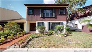 Photo of 3343 Oak Dr, Hollywood, FL 33021 (MLS # A10743857)