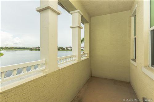 Photo of 2929 Tortola Way, Cooper City, FL 33024 (MLS # A10905883)