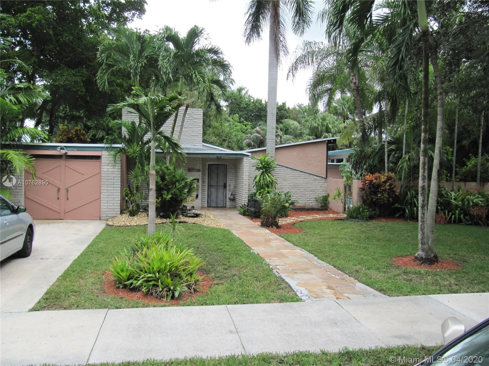 241 De Leon Dr, Miami Springs, FL 33166 - MLS#: A10762895