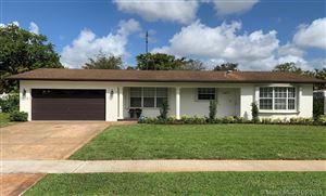 Photo of 5431 SW 1st Street, Plantation, FL 33317 (MLS # A10673919)