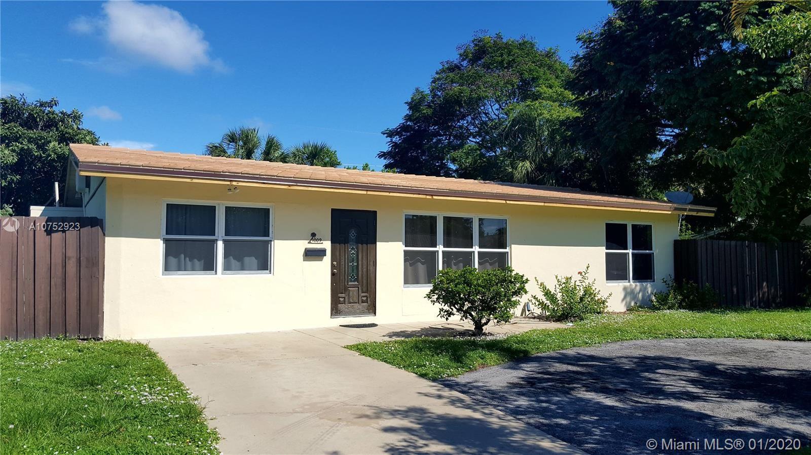 1009 SE 7th Street, Deerfield Beach, FL 33441 - MLS#: A10752923