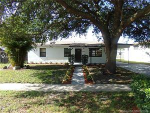 Photo of 4732 SW 11th Ct, Plantation, FL 33317 (MLS # A10688926)