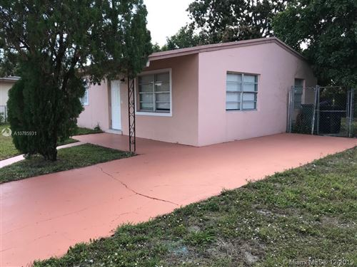 Photo of 3020 NW 17th Ct, Fort Lauderdale, FL 33311 (MLS # A10785931)