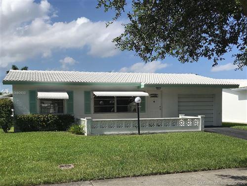 Photo of 8549 N Campanelli Blvd, Plantation, FL 33322 (MLS # A10880933)