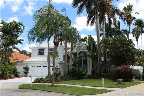 Photo of 17403 NW 8th St, Pembroke Pines, FL 33029 (MLS # A10866951)