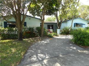 Photo of 7750 NW 4th St, Pembroke Pines, FL 33024 (MLS # H10722955)
