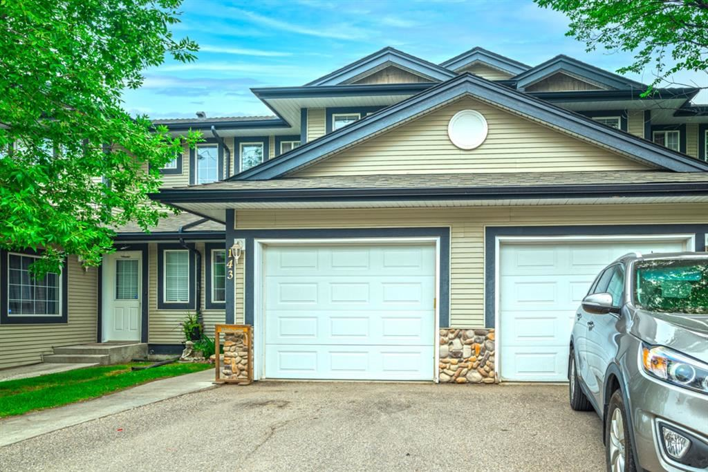 Photo of 143 Stonemere Place, Chestermere, AB T1X 1N2 (MLS # A1132004)