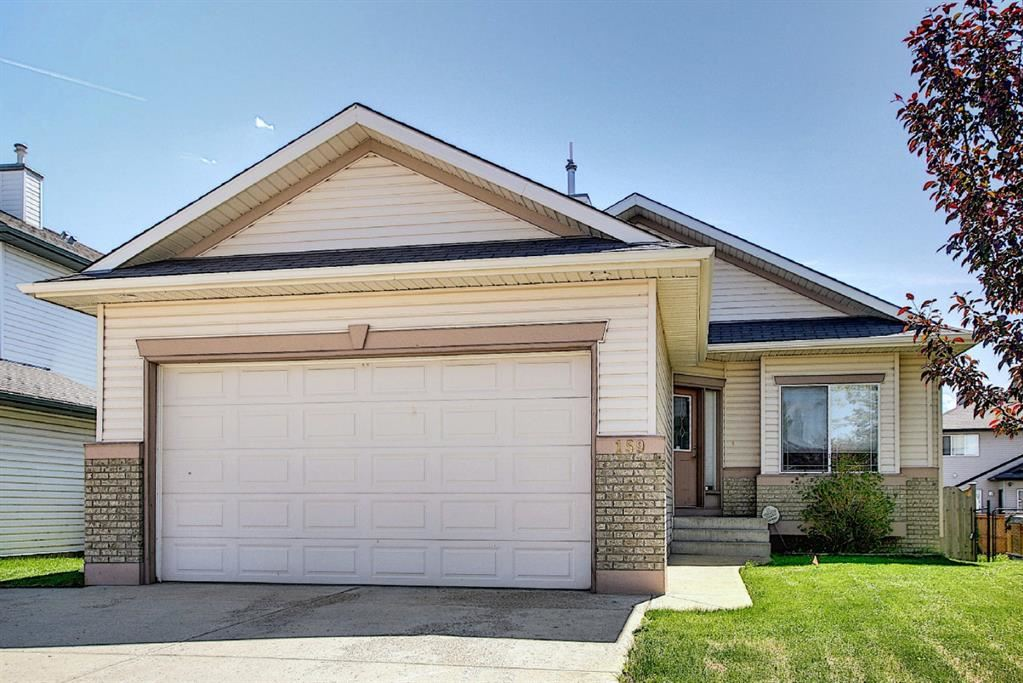 Photo of 159 Springmere Close, Chestermere, AB T1X 1J9 (MLS # A1098019)