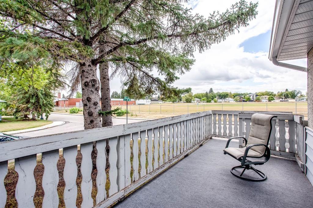 Photo of 2024 22 Avenue NW, Calgary, AB T2M 1R9 (MLS # A1031020)