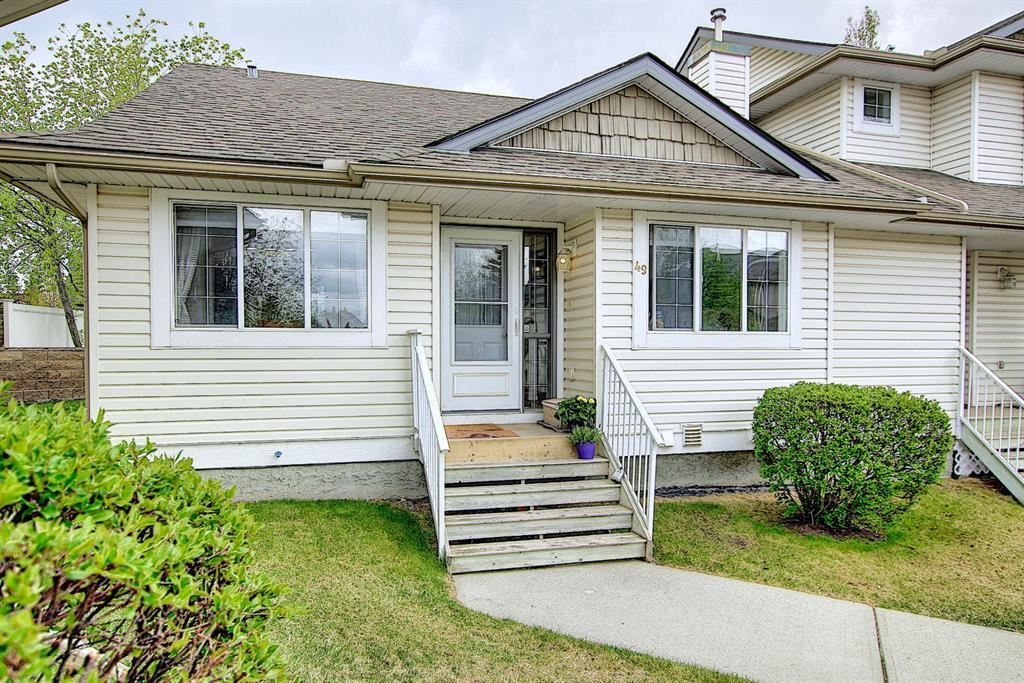 Photo of 4 STONEGATE Drive #49, Airdrie, AB T4B 2T2 (MLS # A1109020)