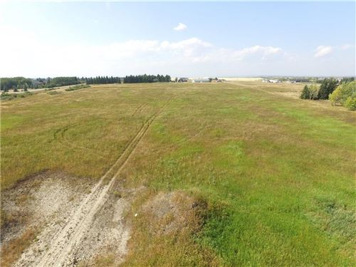 Photo of 32230 Willow Way, Rocky View County, AB T4C 1A2 (MLS # A1049047)