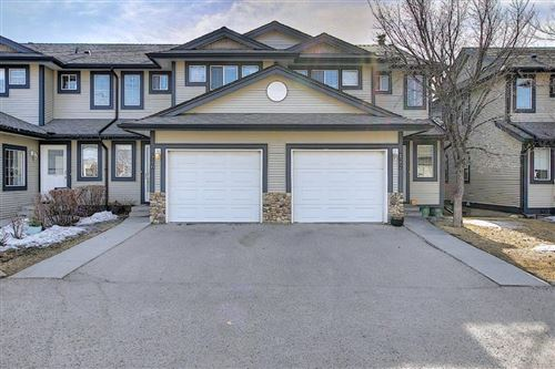 Photo of 176 Stonemere Place, Chestermere, AB T1X 1N1 (MLS # A1084048)