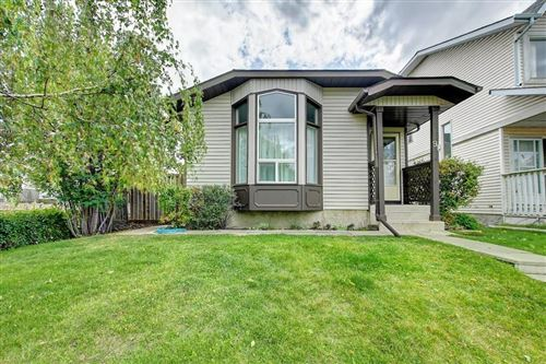 Photo of 91 TARARIDGE CL NE, Calgary, AB T3J 2P1 (MLS # C4268056)
