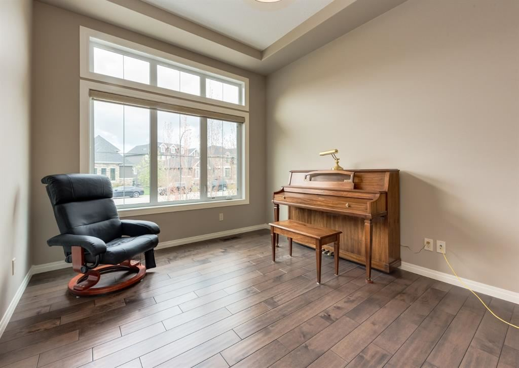 Photo of 96 Cranbrook Heights SE, Calgary, AB T3M 1W7 (MLS # A1113061)