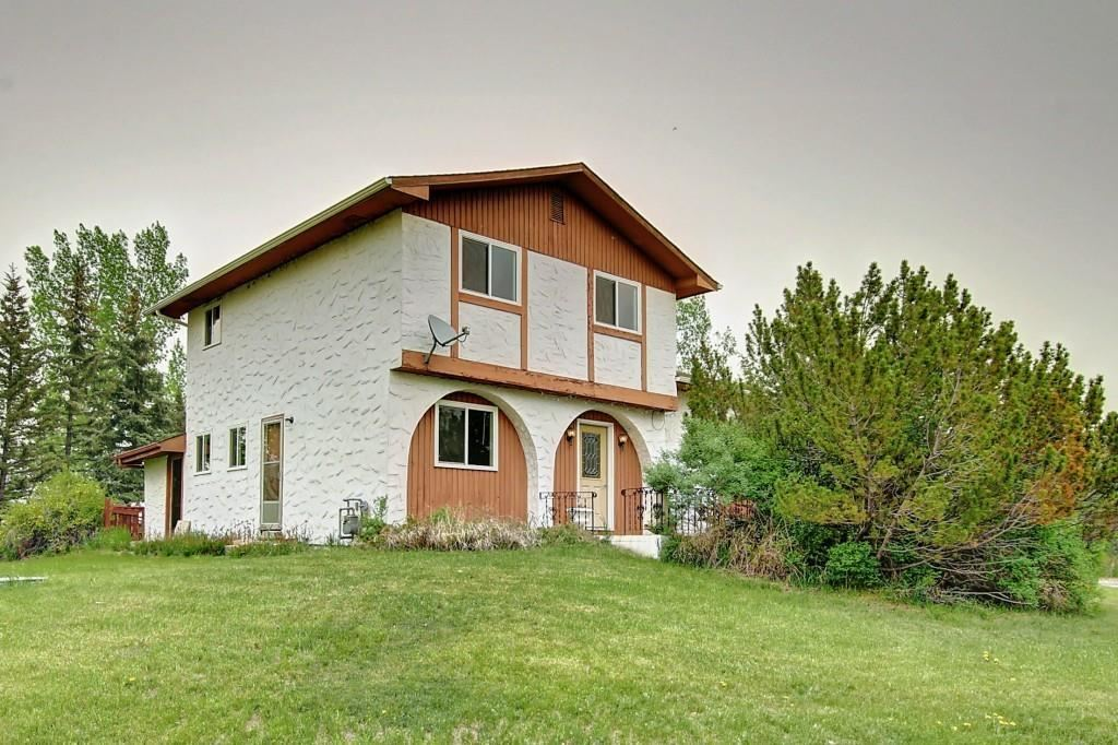 Photo of 270096 Glenmore TR SE, Rural Rocky View County, AB T0J 1X0 (MLS # C4271068)