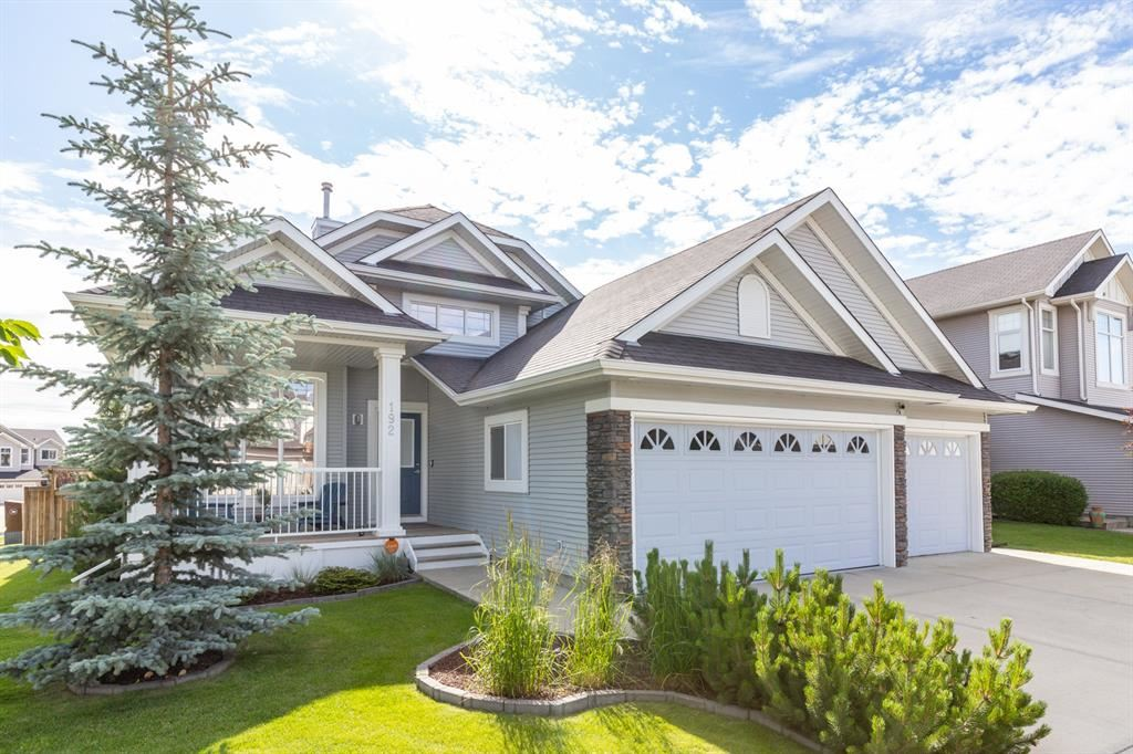 Photo of 192 Hawkmere RD, Chestermere, AB T1X 1T4 (MLS # C4299097)